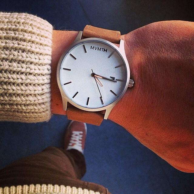 2475aeee80a8 Hoy en día hay muchos relojes automáticos en el mercado en diferentes  versiones  Relojes para hombres